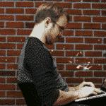 membre sur l'ordinateur
