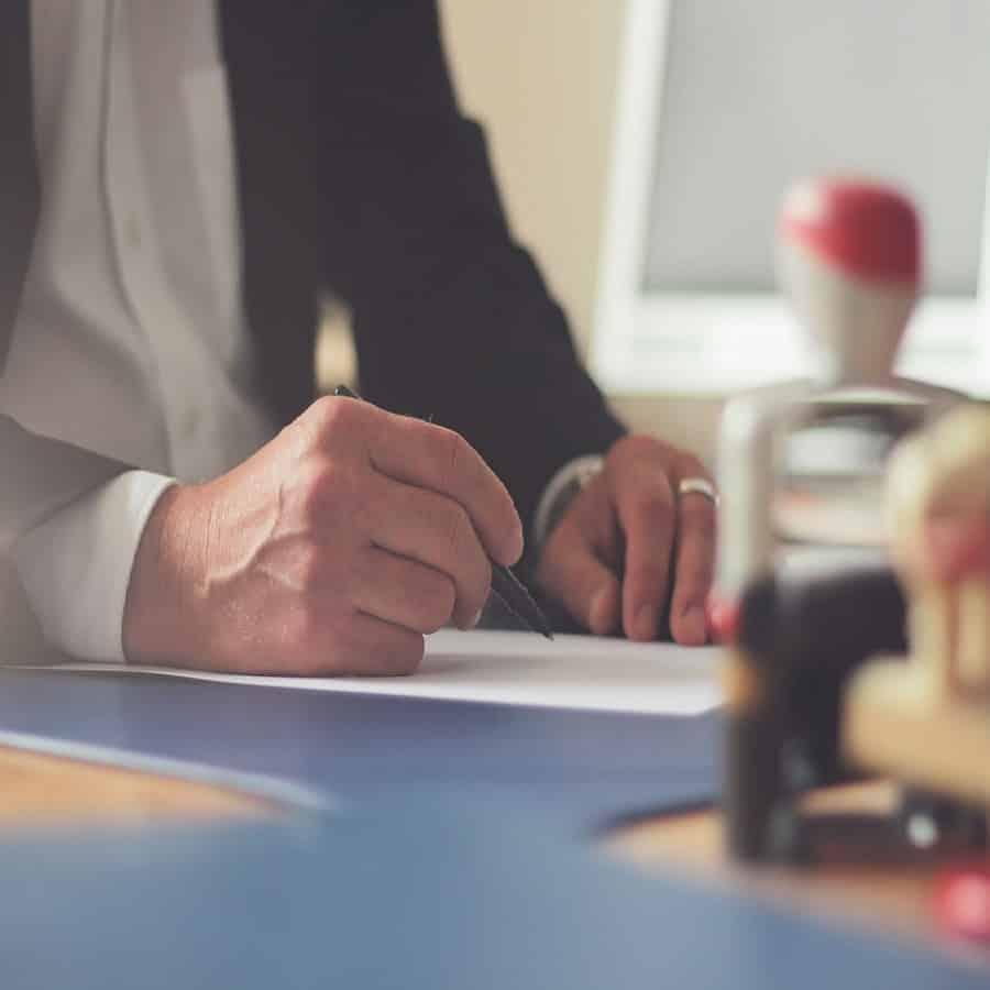 bureau, remplir contrat de location