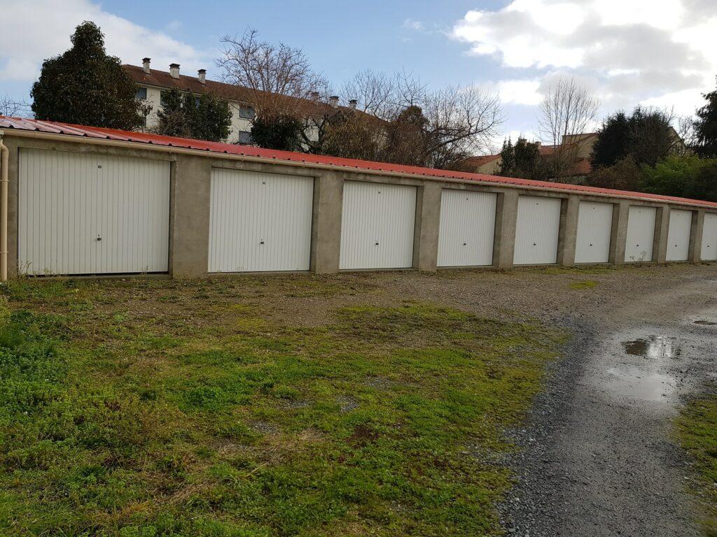 Lot de 80 garages à vendre